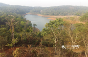 Well  demanding  dam view property for sale in Manjoora.